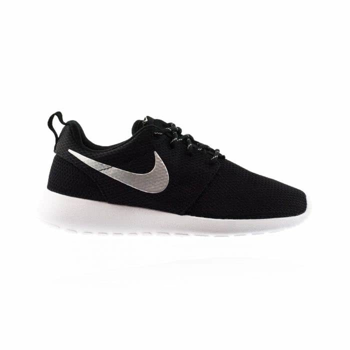 best sneakers 4f3e6 cbcfd Roshe One